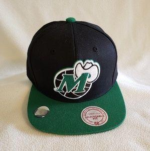 Dallas Mavericks Baseball Hat Cap Mitchell & Ness